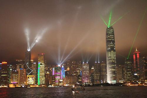 Hong Kong at night by Skyseeker