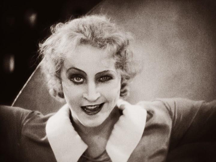 Brigitte Helm - Metropolis (1927) mad Maria 2